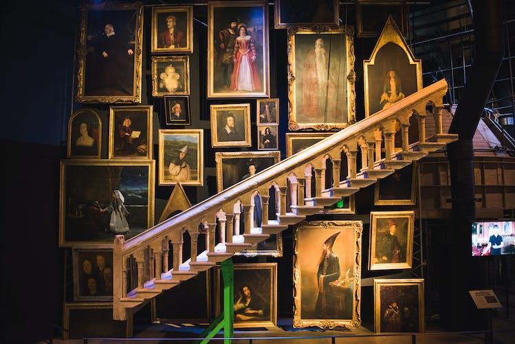 Hogwarts Staircase (2).jpg
