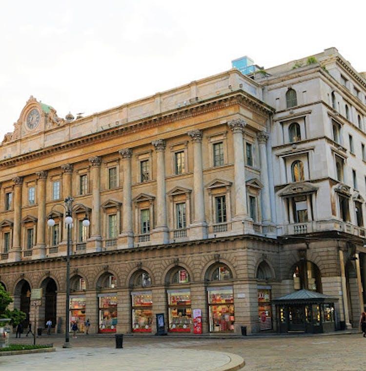 Palazzo dell_Orologio - surroundings.JPG