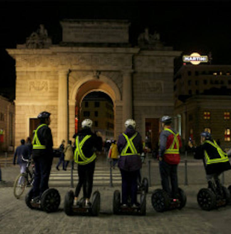 2-Milan Night Segway 4.jpg