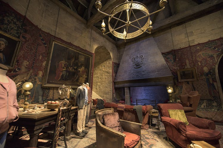 Gryffindor Common Room (3).jpg