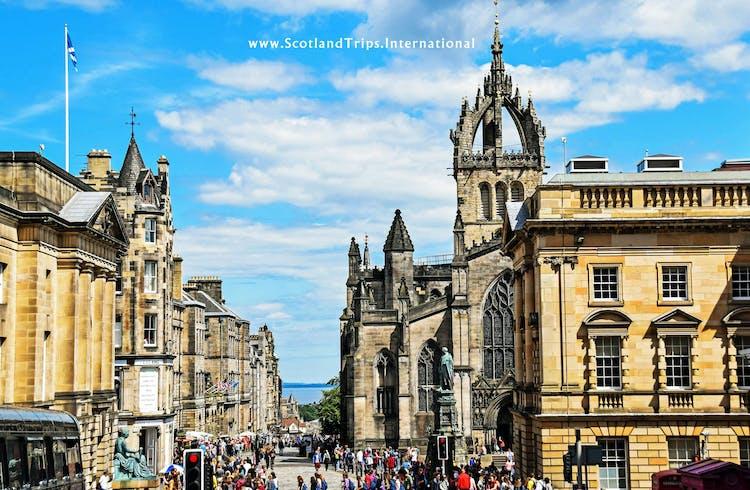 Royal-mile-tours-escocia-scotland-scotlandtrips-web-STI.jpg