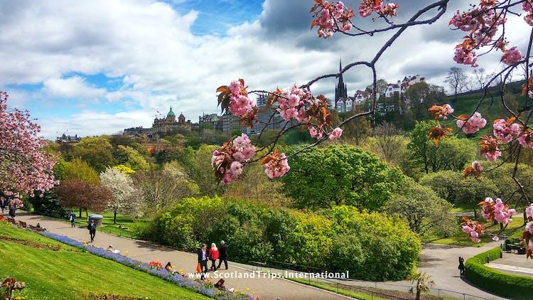 Jardines-Princes-street-edimburgo-escocia-scotlandtrips-web-STI.jpg